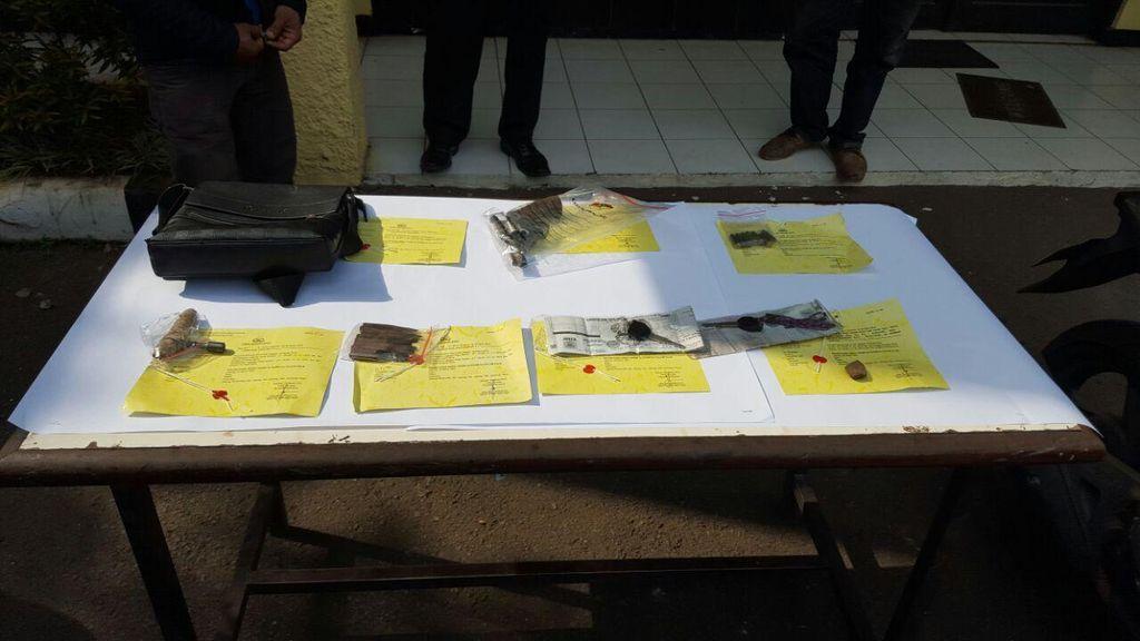 Pencuri Motor Bersenpi ini Tertangkap Saat Mencuri Motor Kedua di Bekasi
