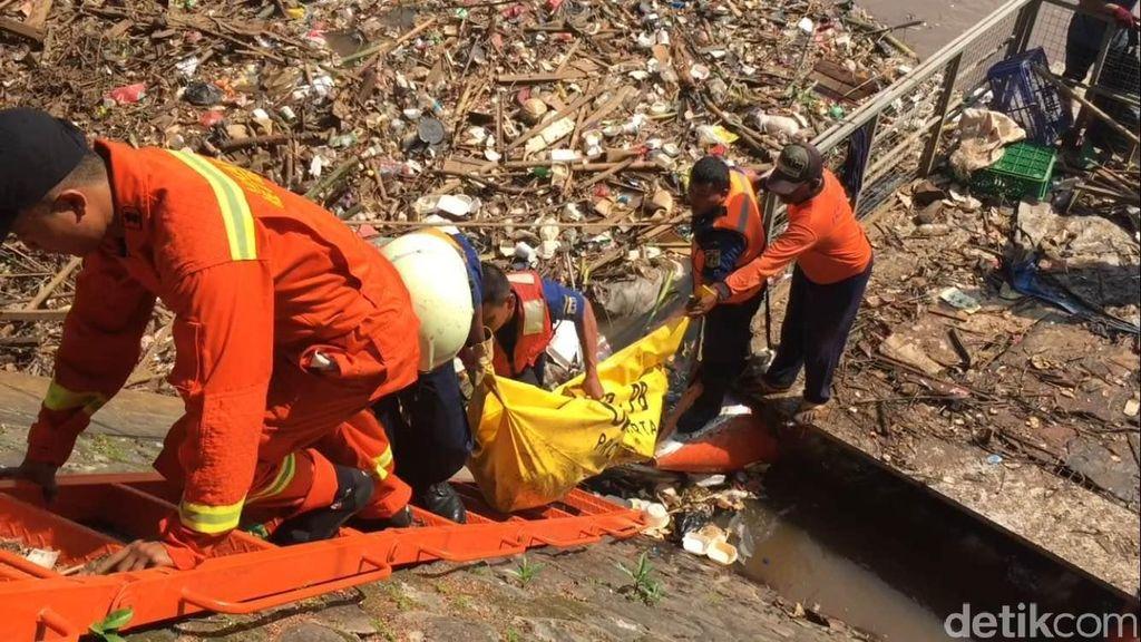 Hanyut di Kali Ciliwung, Tegar Ditemukan Tewas di Pintu Air Manggarai
