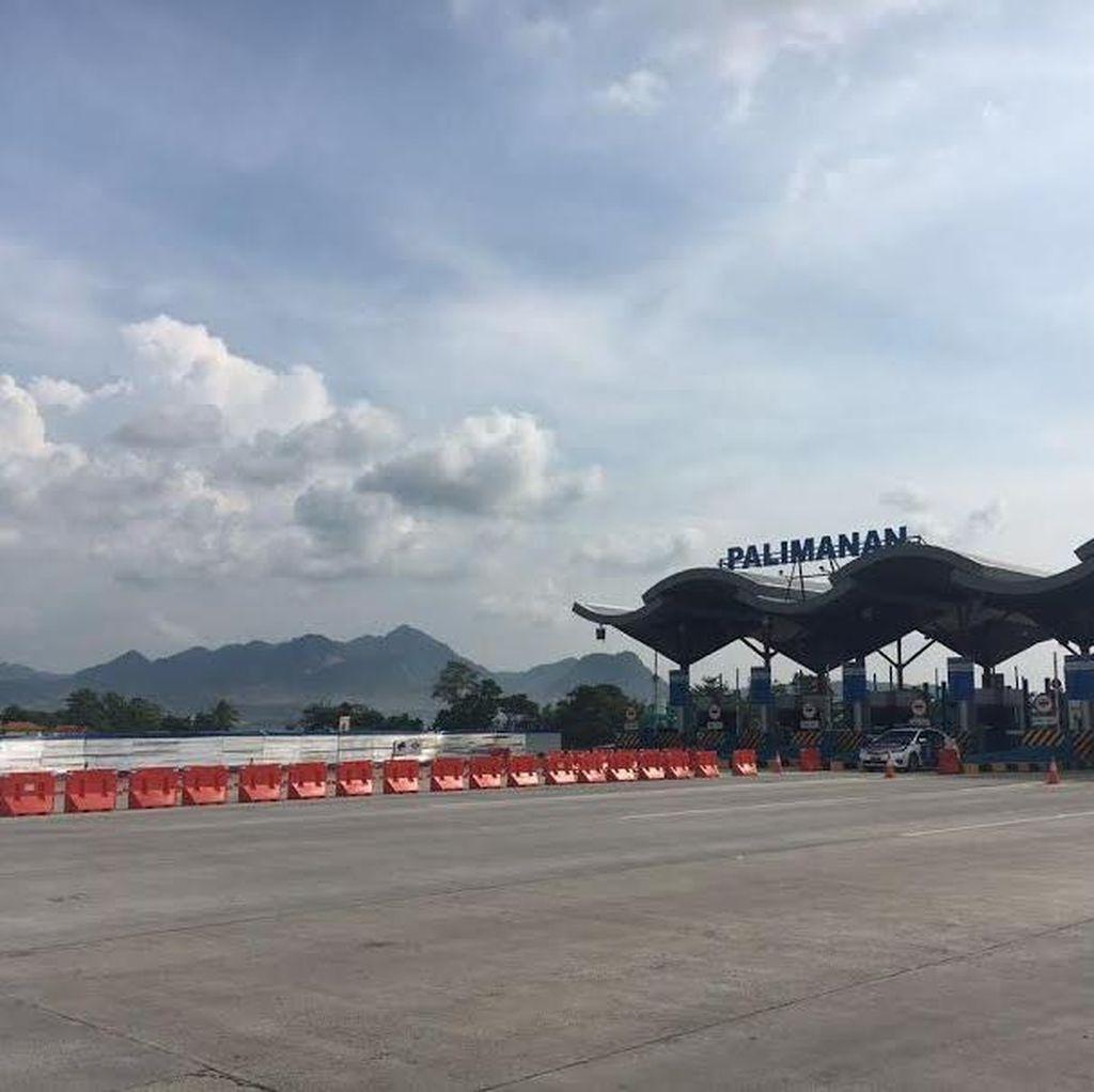 Di Tol Cipali, Antrean GT Palimanan Arah Cirebon Mengular 3 Km