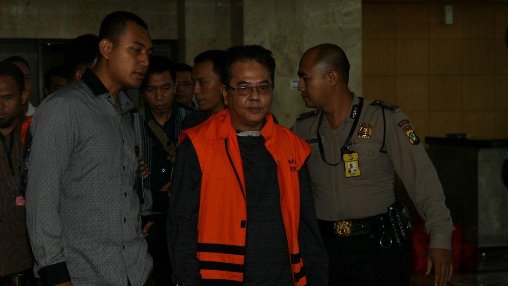 KPK Tahan 6 Anggota DPRD Tersangka Kasus Korupsi Musi Banyuasin