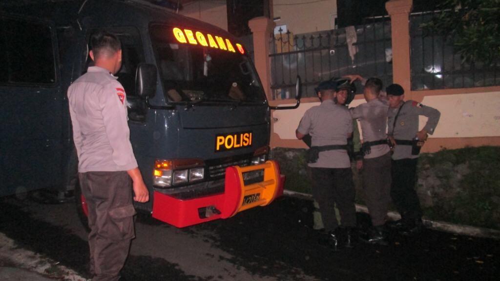 Gegana Amankan Tas Mencurigakan di Gondang Timur Semarang