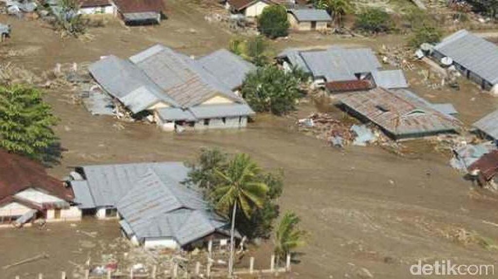 Banjir Bandang di Jambi, 17 Rumah Hanyut dan 1 Orang Hilang