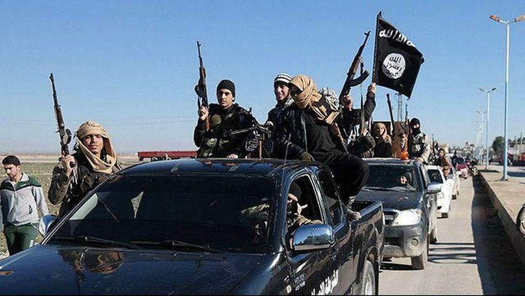 Prajurit SEAL Angkatan Laut AS Tewas dalam Serangan ISIS di Irak