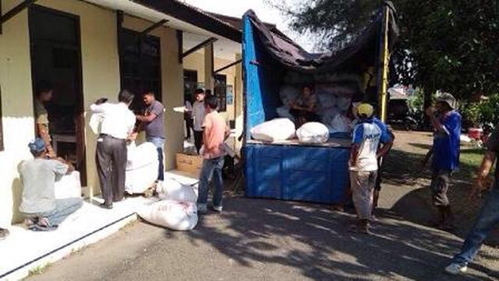 Kades di Pidie Aceh Ditangkap saat Hendak Gelapkan 6 Ton Raskin