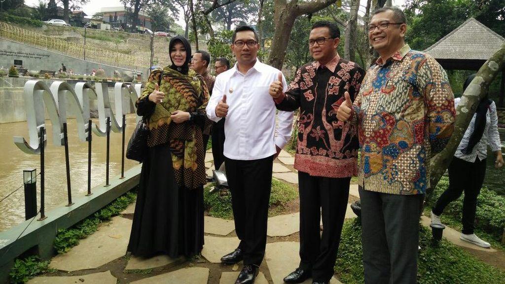 Saat Empat Kepala Daerah Ngobrol Santai di Teras Cikapundung Bandung
