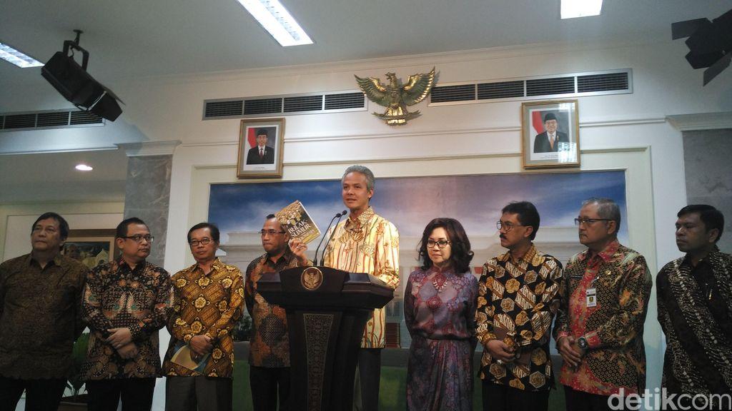 Ini yang Dibahas Keluarga Alumni UGM dengan Jokowi di Istana Merdeka