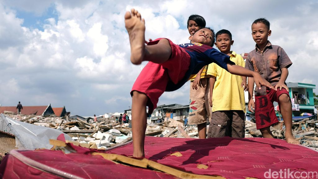 Warga Kampung Akuarium Soal Ancaman Ahok Cabut Hak Rusun: Kami Tak Peduli