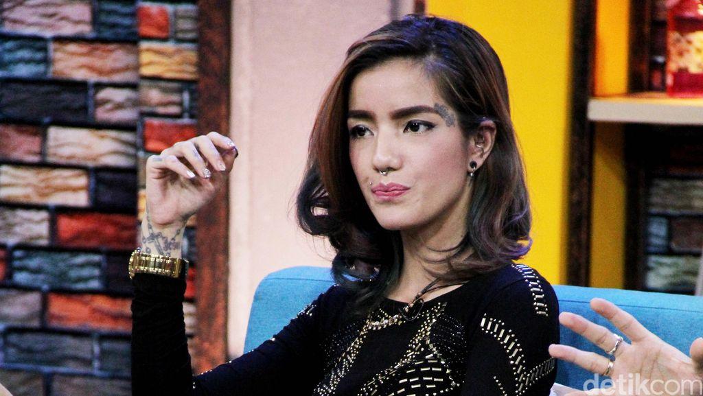 Kiki Mirano Minta Maaf pada Sheila Marcia