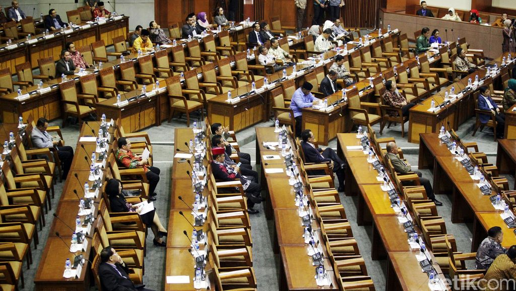 Paripurna RAPBN 2017 Hanya Dihadiri 214 Anggota DPR, ke Mana Wakil Rakyat?