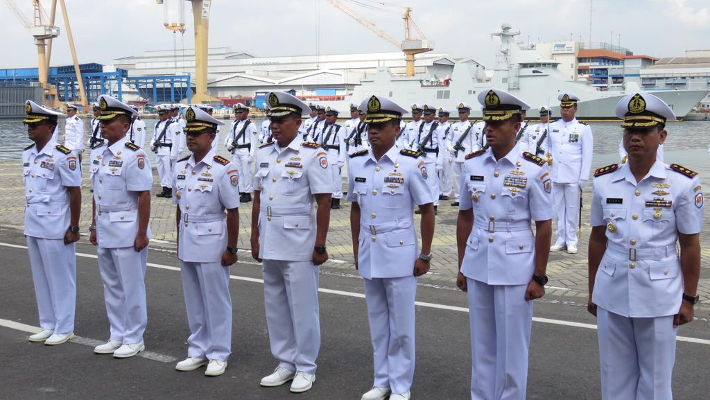 Letkol Laut (P) Rizky Prayudi Jadi Komandan Baru KRI Malahayati-362