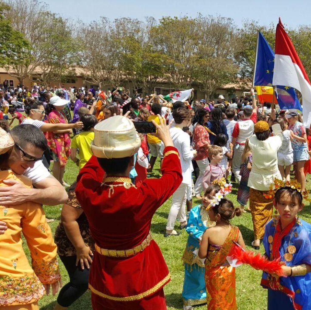 Budaya Indonesia Terbaik di World Cultural Month 2016
