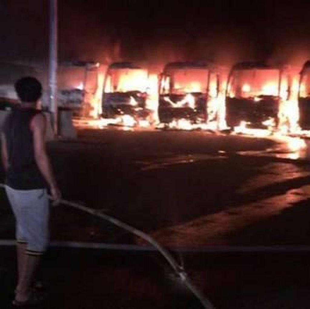 Rusuh Sabtu Malam di Makkah, Pekerja Konstruksi Bin Laden Bakar 9 Bus