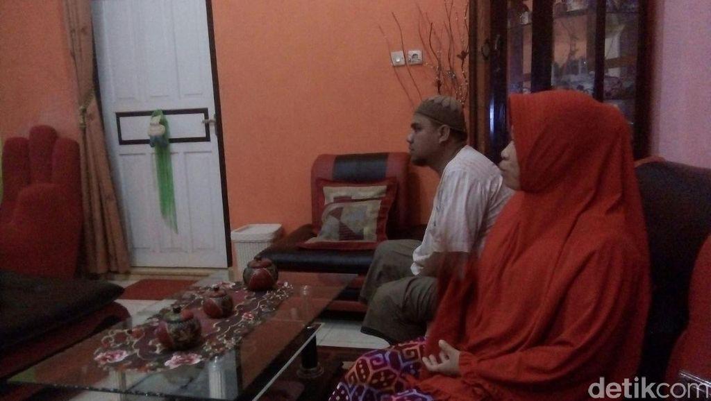Keluarga Bersyukur Rinaldi dan Wawan Saputra Dibebaskan Abu Sayyaf