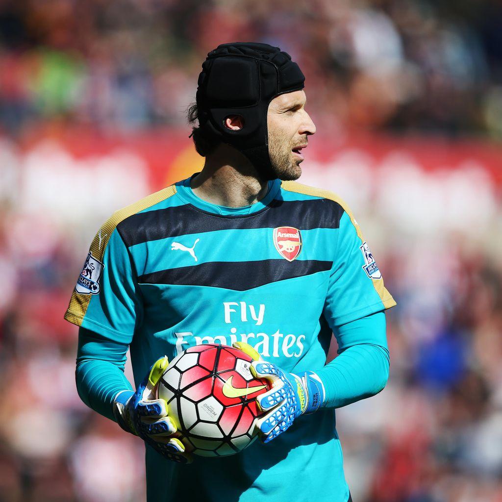 Cech Dukung Kebijakan Transfer Arsenal