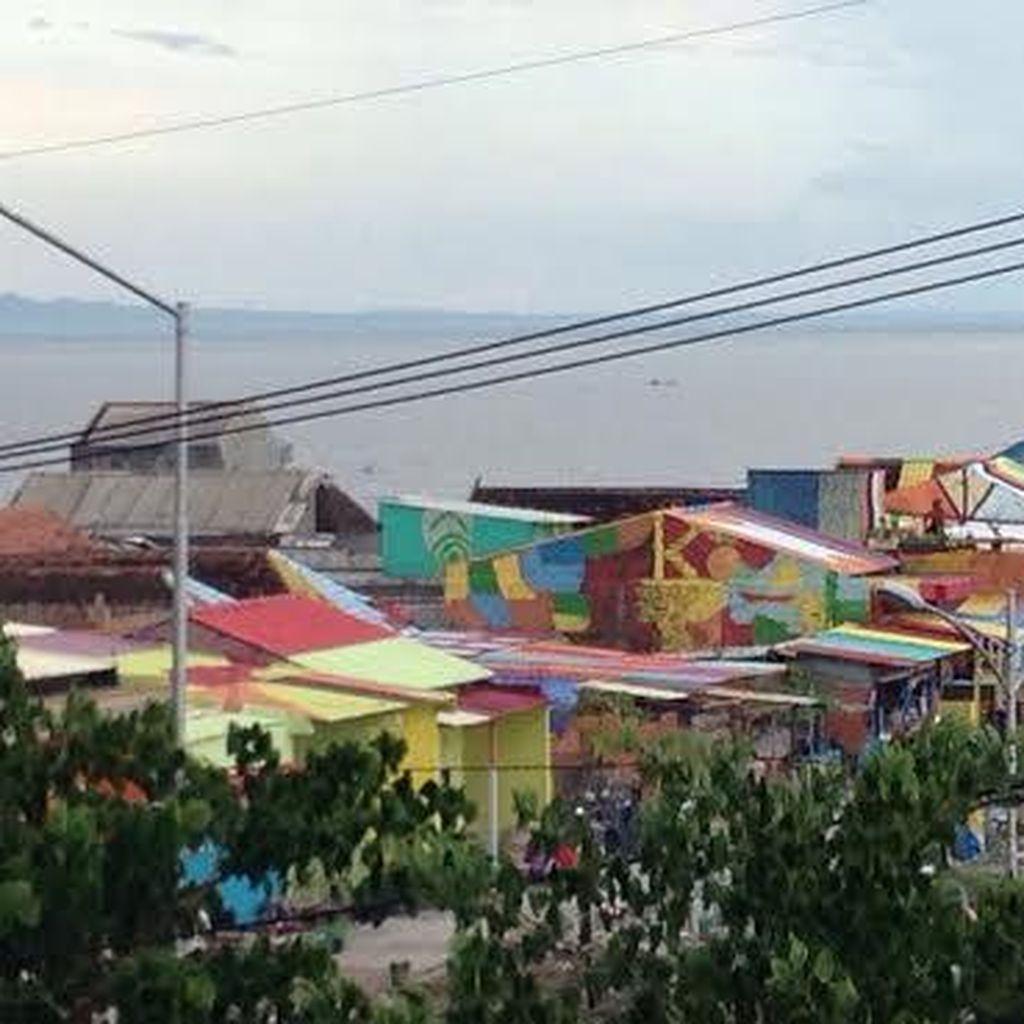 Kampung Nelayan Bulak Makin Berwarna-warni