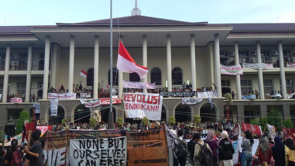 Rektorat UGM Sepakat Tak Menaikkan UKT Setelah Dialog dengan Mahasiswa