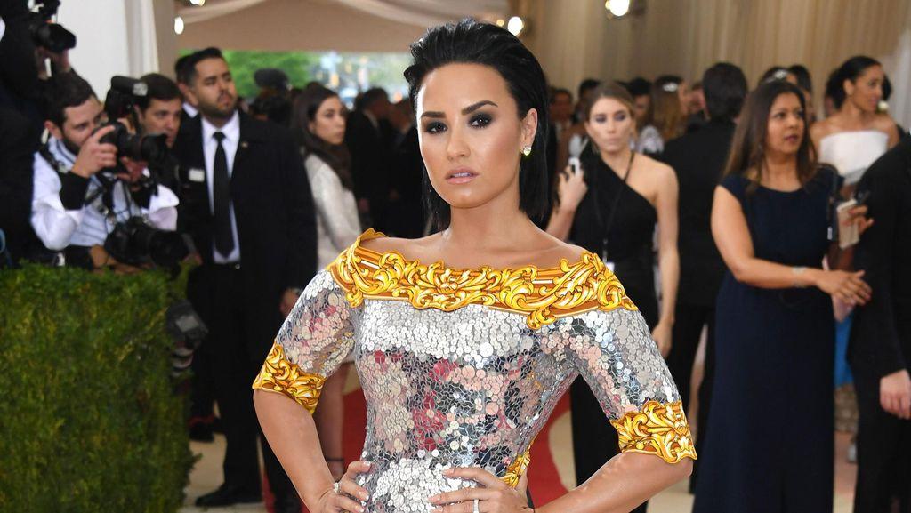 Demi Lovato Pernah Mengira Akan Mati Muda