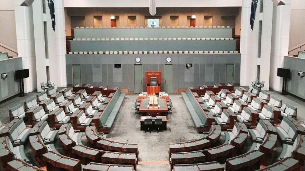 Parlemen Australia Diusulkan Memakai Kartu Gesek untuk Pengambilan Suara