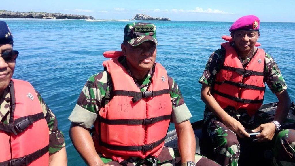 Panglima TNI Tinjau Pulau Terluar Indonesia