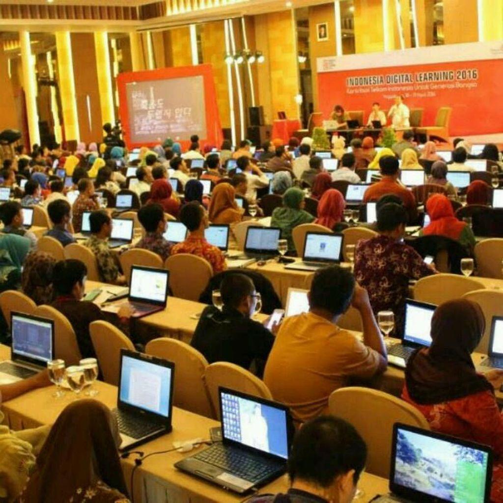 Demi Tingkatkan Kompetensi Guru, Telkom Hadirkan Indonesia Digital Learning