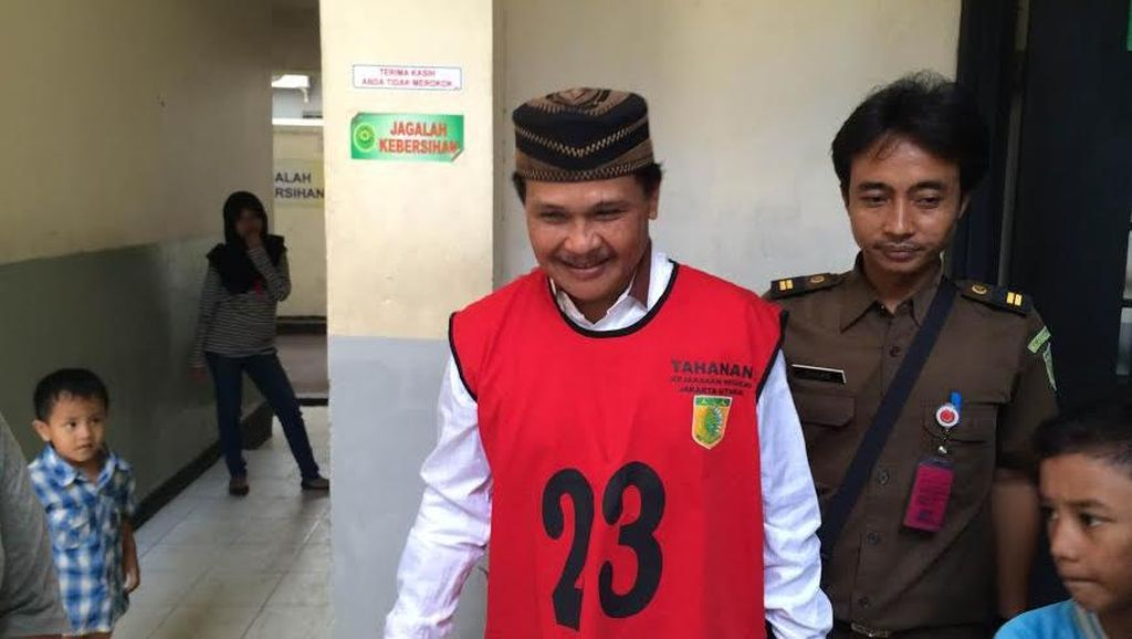 Eks Penguasa Kalijodo Daeng Aziz Diadili di Kasus Listrik, Tak Ada Pengacara Menemani
