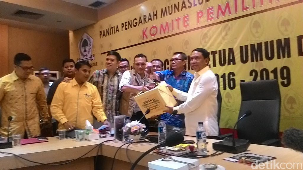 Generasi Muda Partai Golkar Ikut Sumbang Rp 227 Juta untuk Munaslub