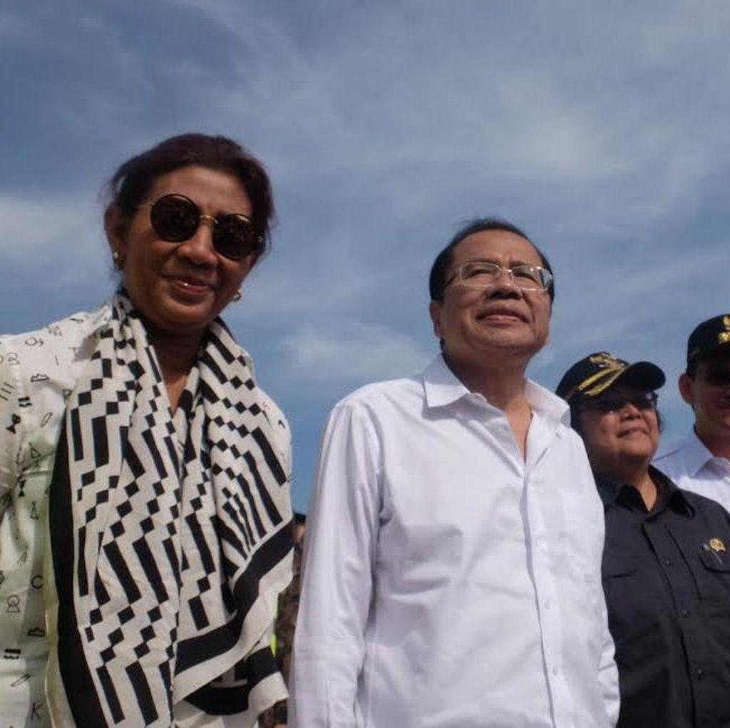 Para Menteri dan Ahok Berdiri di Sambungan Liar Pulau C-D: Harus Dibongkar!