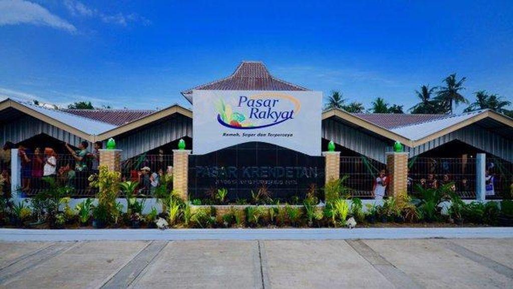 Bawa Oleh-oleh Celemek, Presiden Jokowi Resmikan Pasar di Purworejo