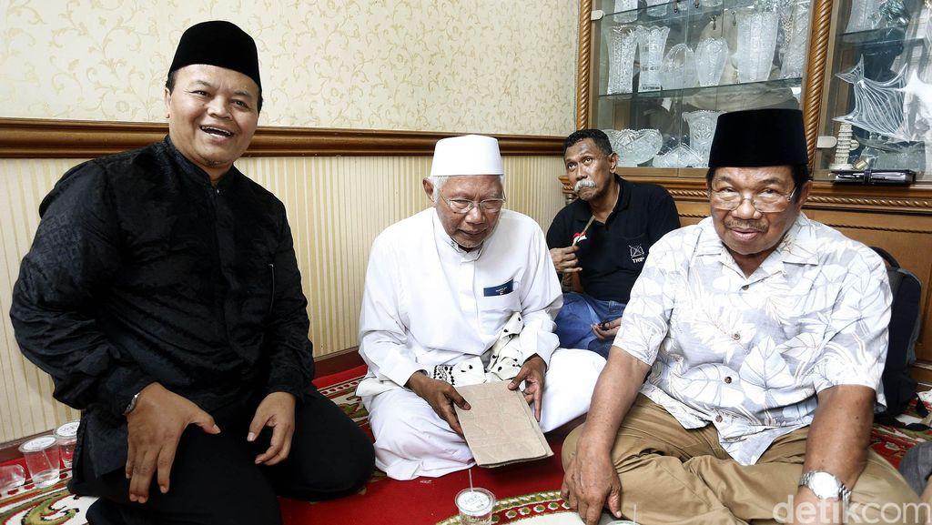 Sejumlah Tokoh Nasional Melayat Tuty Alawiyah