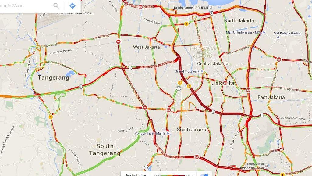Begini Merahnya Lalu Lintas di Jakarta di Malam Long Weekend
