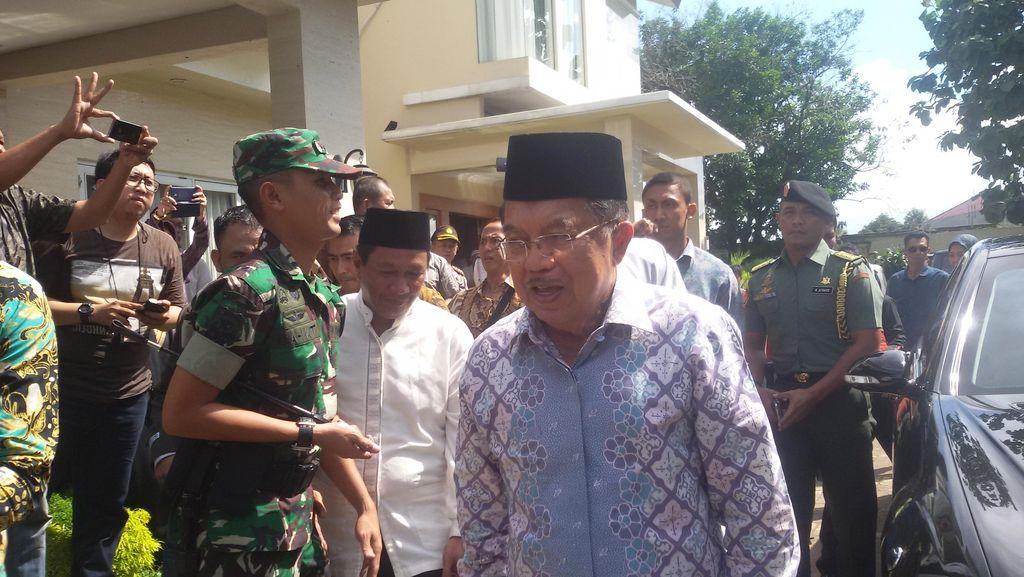 Wapres JK Melayat Tuty Alawiyah di Rumah Duka