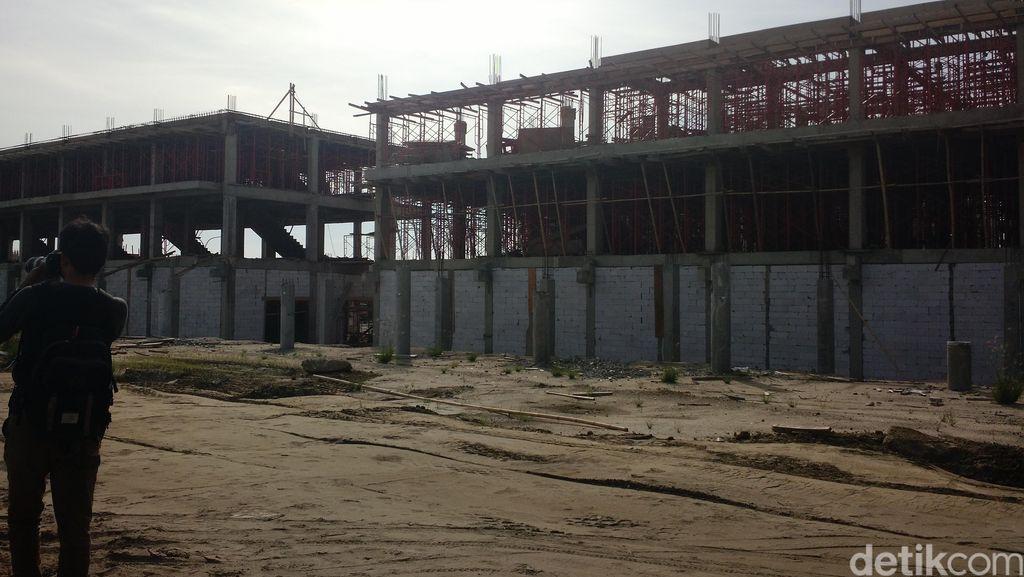 Bangunan Ruko dan Gardu Listrik Sudah Terbangun di Lahan Pulau Reklamasi