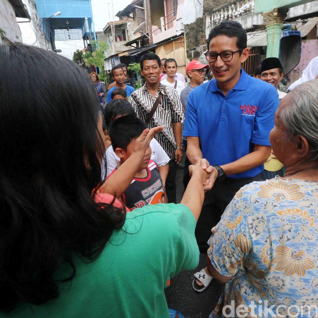 Sandiaga Uno Menyapa Warga Jakarta