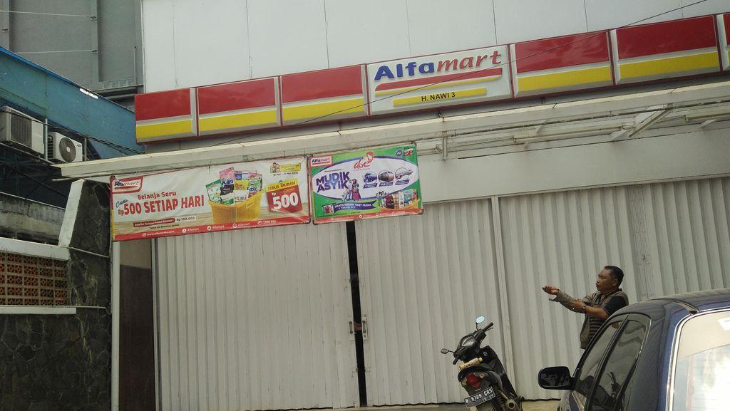 Maling Mini Market di Kebayoran Baru Rusak CCTV Sebelum beraksi