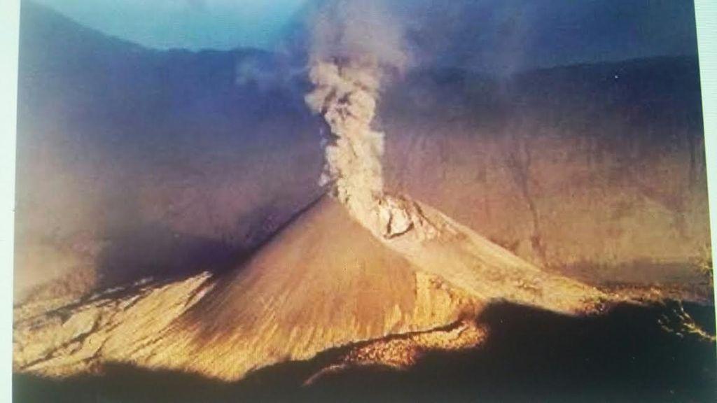Gunung Rinjani yang Indah Pernah Meletus Dahsyat di Tahun 1994