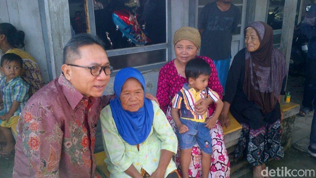 ABG Berpose Injak Patung Pahlawan, Ketua MPR: Wawasan Kebangsaan Memudar