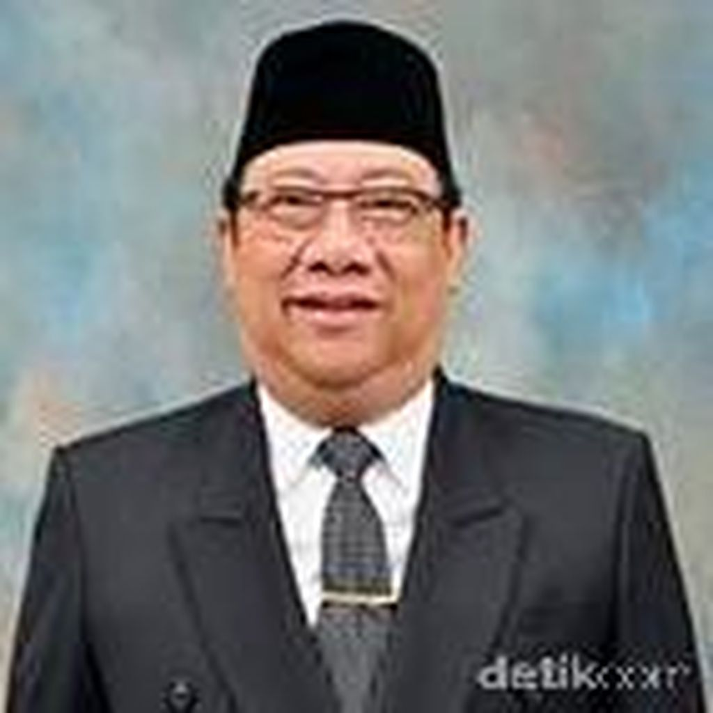 Yance Resmi Diberhentikan dari Wakil Ketua DPRD Jabar, Posisi Diisi Ade Barkah