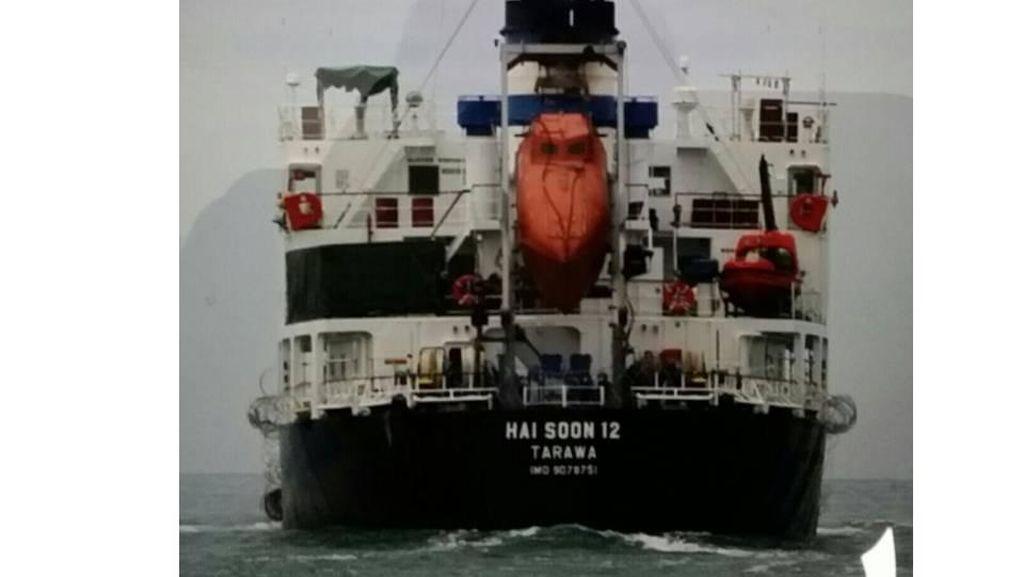 TNI AL Gagalkan Perompakan Kapal Singapura oleh 9 WNI di Selat Karimata