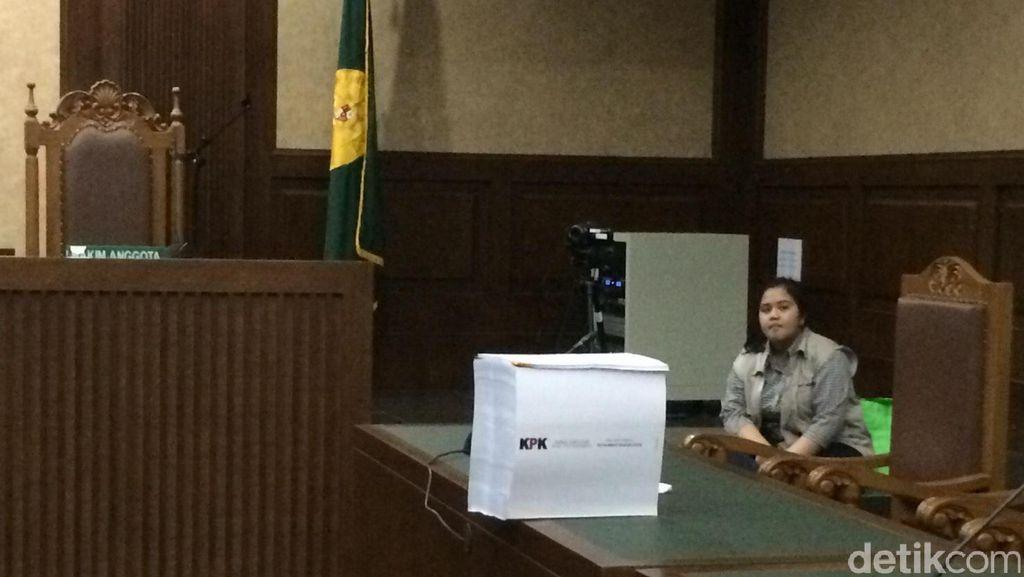 Berkas Tuntutan Nazaruddin di Kasus TPPU dan Korupsi Setebal 30 Cm
