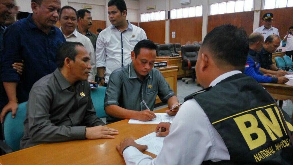 Hasil Tes Urine BNN ke 50 Anggota DPRD Sukabumi Tak Diungkap Ke Publik