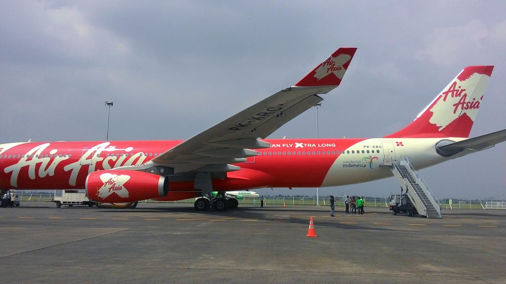 Balon Besar Ganggu Pesawat AirAsia yang Terbang dari Yogya ke Medan