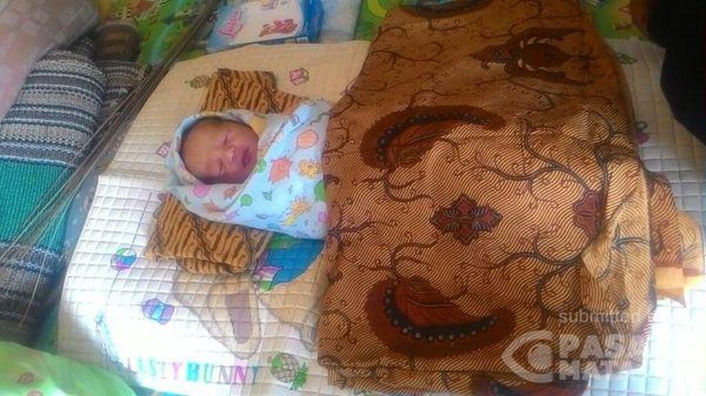 Bayi Laki-laki dengan Tali Pusar Menempel Ditemukan di Rumah Warga Bekasi