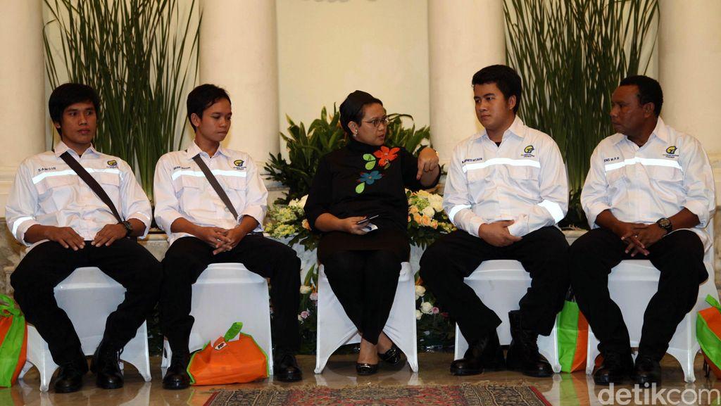 Menlu Retno Pastikan Hak 4 ABK yang Disandera Kelompok Abu Sayyaf Dipenuhi Perusahaan