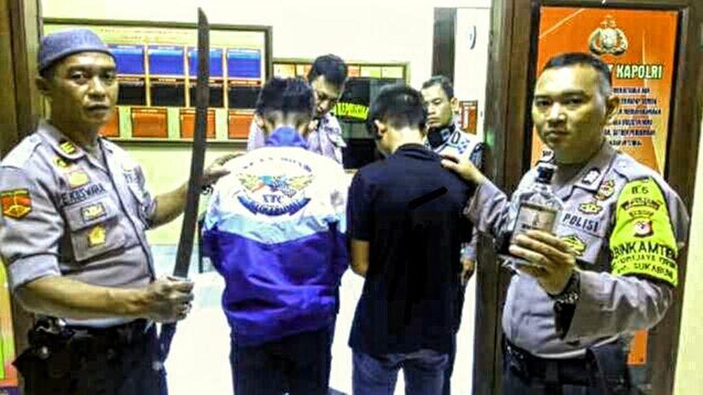 Geng Motor Bersenjatakan Kapak Serang Warga di Sukabumi, 4 Orang Terluka