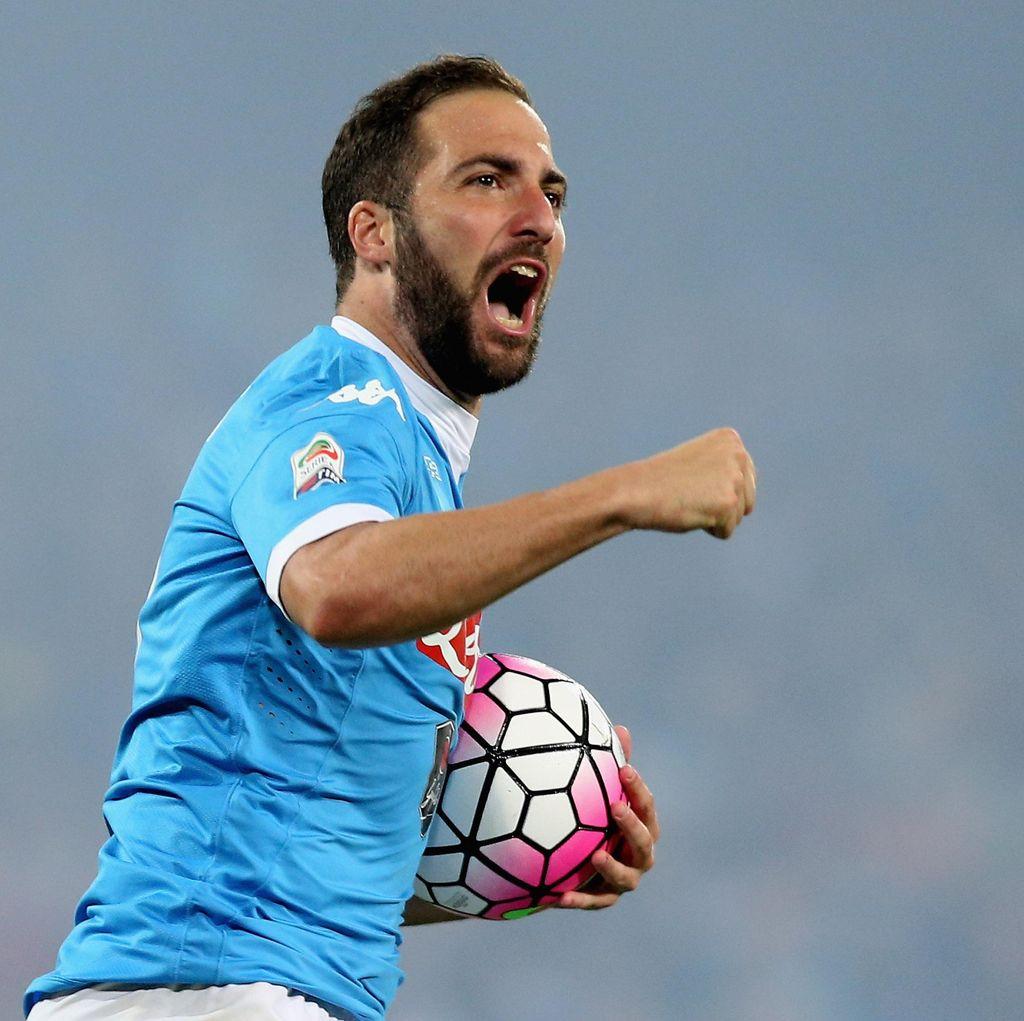 Higuain Enggan Terima Tawaran Kontrak Baru dari Napoli