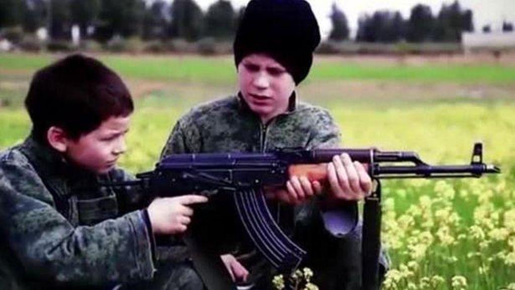 Prancis Selidiki Video ISIS Tampilkan 2 Bocah Eksekusi Mati Tahanan