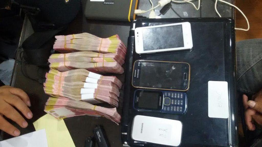 Pengedar Uang Palsu Dibekuk Polisi di Depan Stasiun Bojonggede