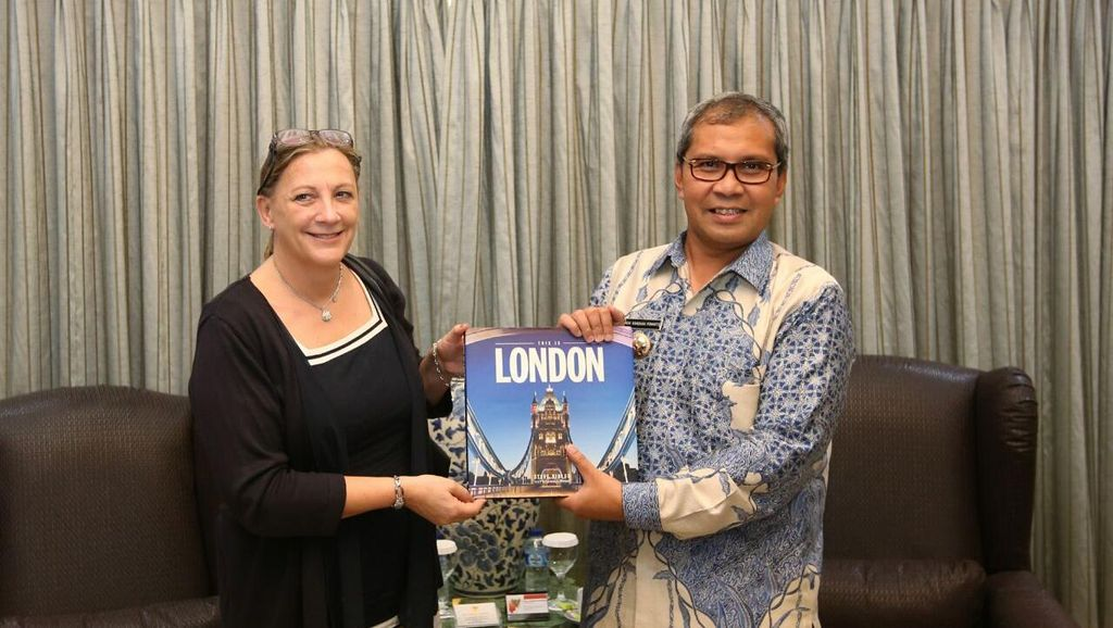 Sambangi Wali Kota Makassar, Wakil Dubes Inggris Ingin Jalin Kerja Sama