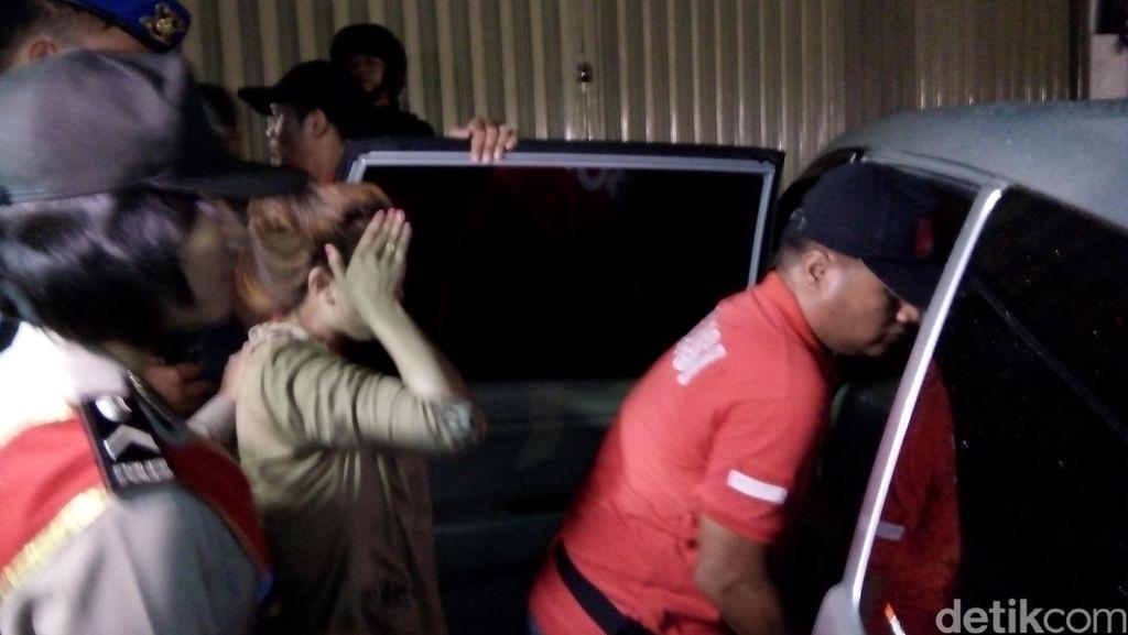 6 Orang yang Diamankan Polisi saat Razia Diskotek di Blok M Dites Urine