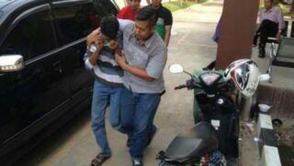 Cabuli Siswinya Sampai Hamil 7 Bulan, Guru SMK Ini Dibekuk Polisi